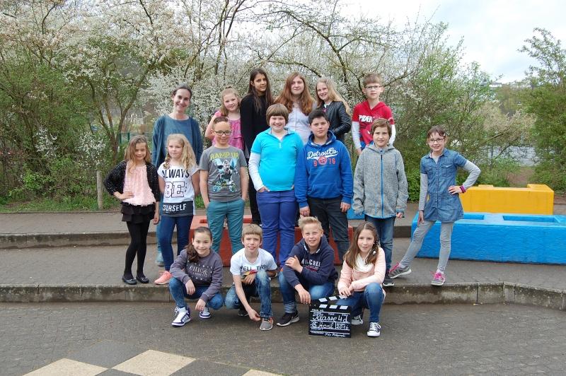2015_Klasse-4d_Frau-Stenger
